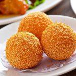 Homemade Sesame Balls (8 Pieces)